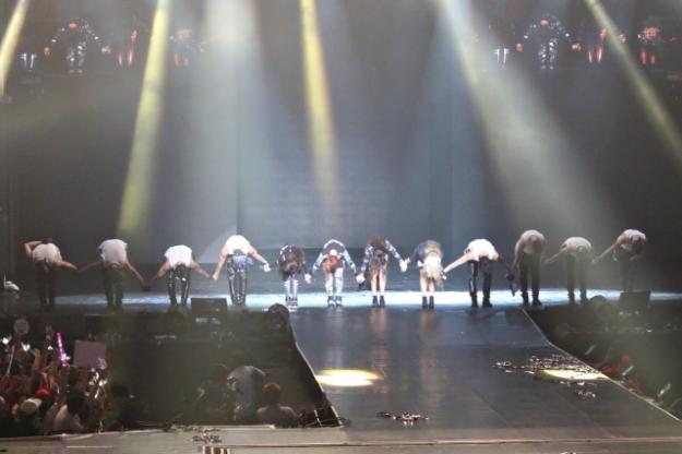 2NE1-AON-Malaysia028